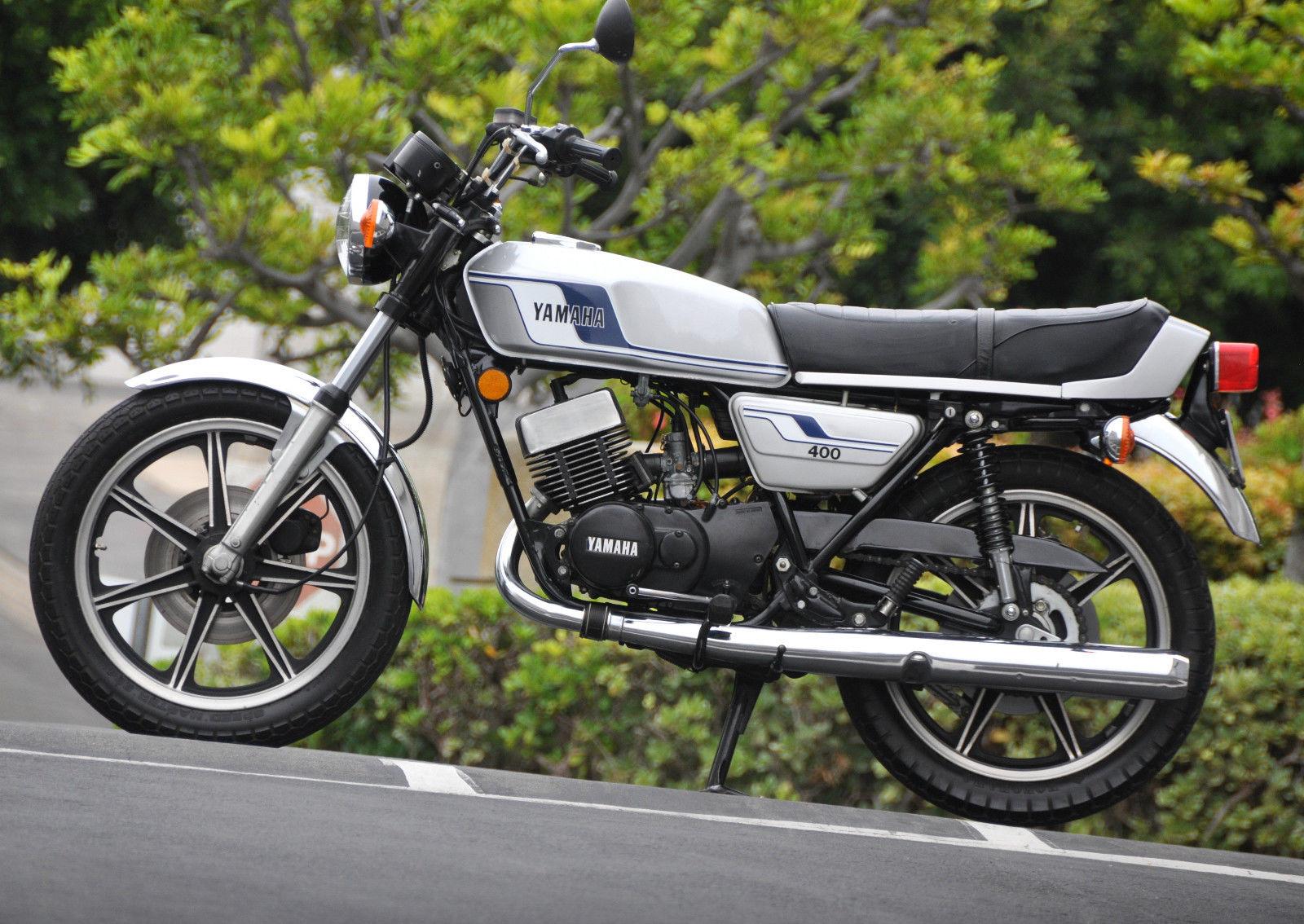 Jekyll and Hyde – Yamaha RD400 – Bike-urious