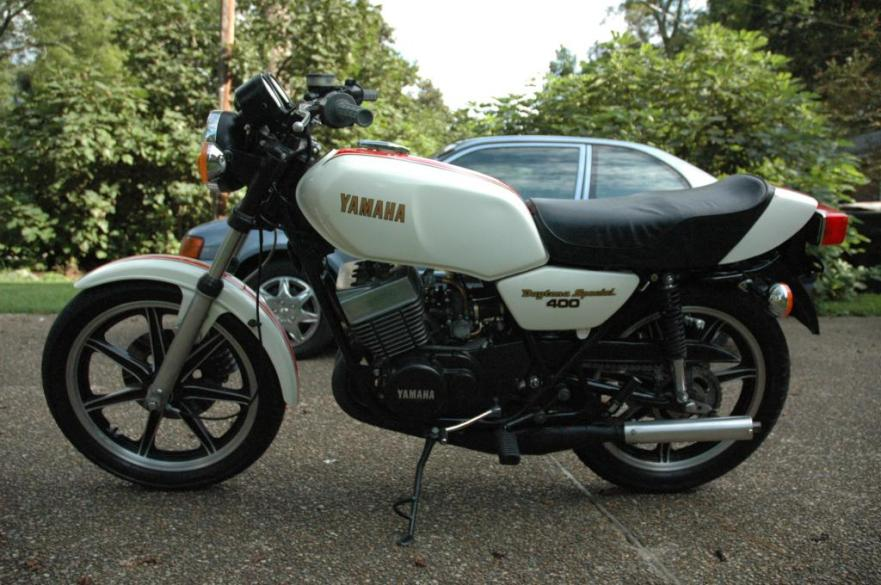 Yamaha RD400F Daytona Special - Left Side