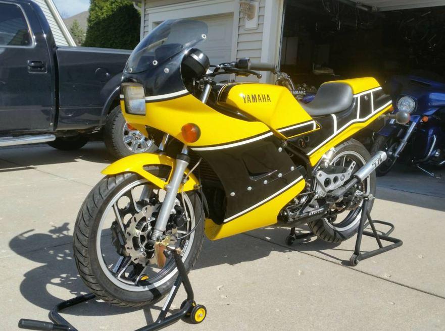 Original Owner – 1985 Yamaha RZ350 with Spec II Bodywork – Bike-urious