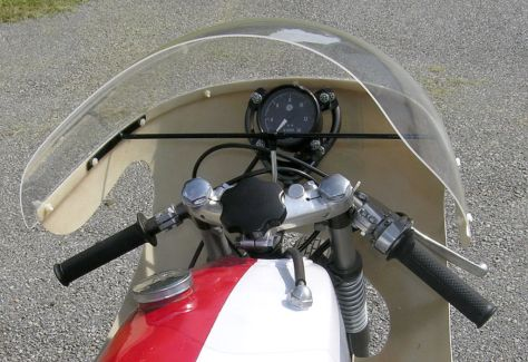 Yamaha TD1-C - Cockpit