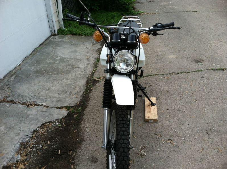 Yamaha TX500 - Front