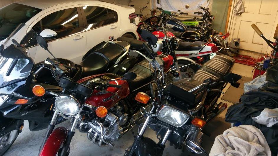 Yamaha YG1 - In Garage