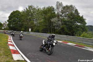 Motorrad-gruppen in mot Wehrseifen.