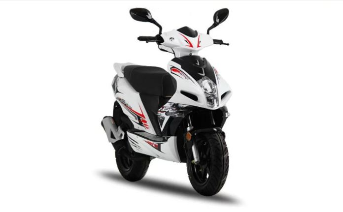 Cheap 50cc moped insurance for 16-18 year-old learners