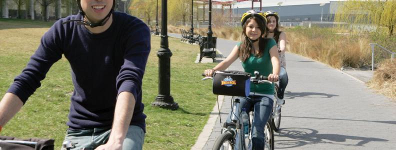 Rent a bike at New York City's Riverside Park
