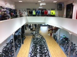Edinburgh bike box hire hub