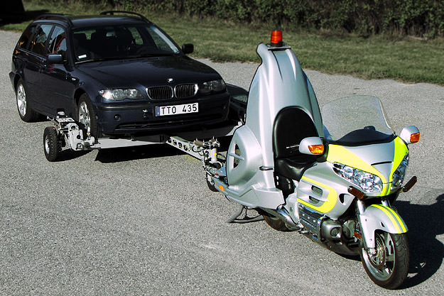 Tow Motorcycle