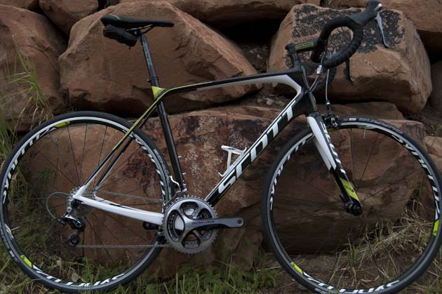 The Solace replaces the CR1 as Scott's signature endurance comfort bike.