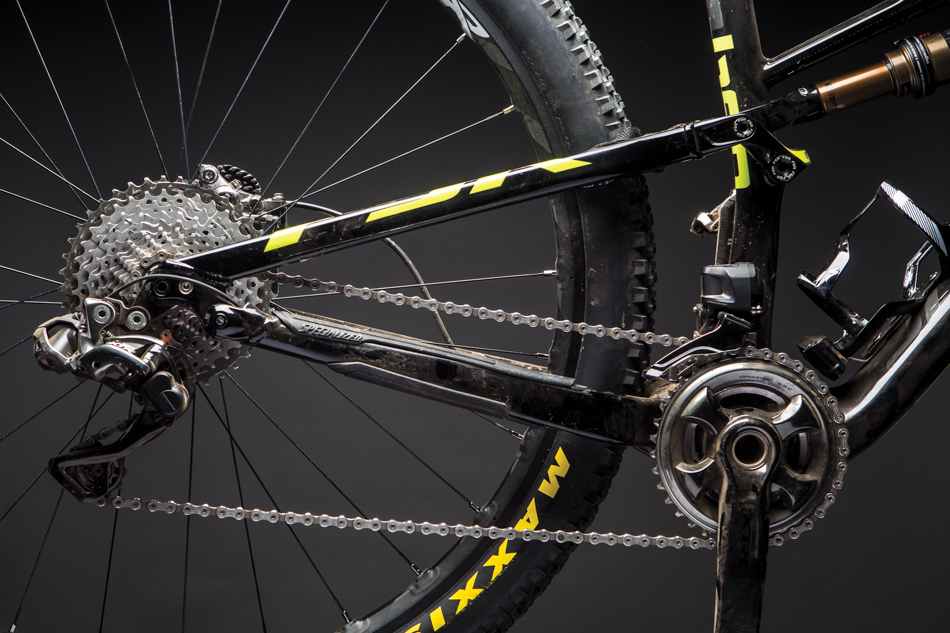552210dd50b Down and Dirty with Shimano XTR Di2 | BIKE Magazine