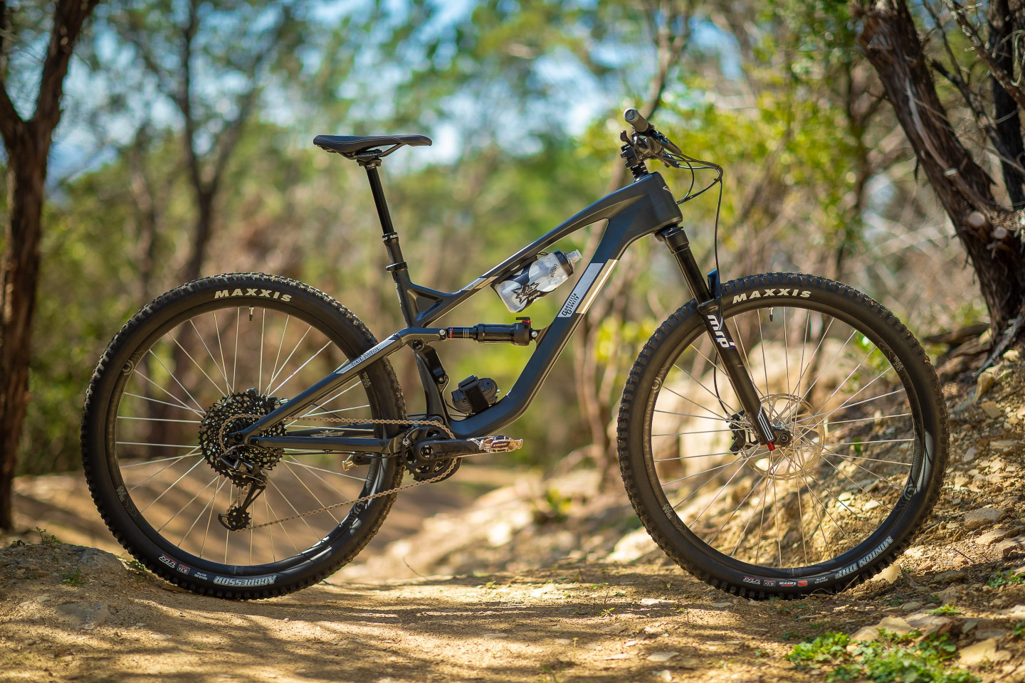 Will There Someday Be Bike In >> Guerrilla Gravity S Affordable U S Made Carbon Frames Bike Magazine