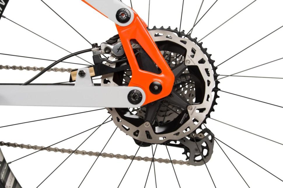 Onset rear linkage floating brake mount