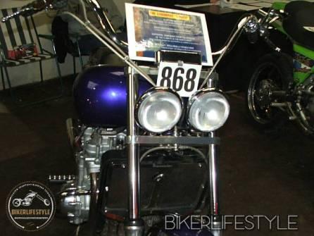 motorcycle-mechanic051
