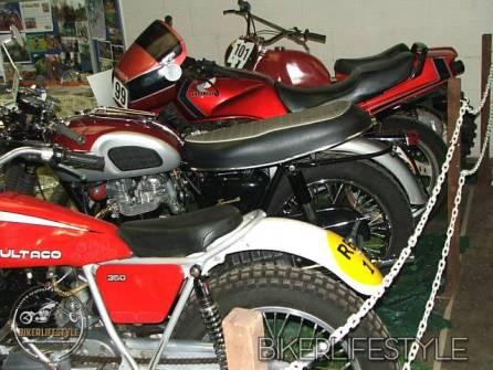 motorcycle-mechanic054