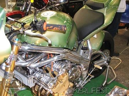 motorcycle-mechanic081