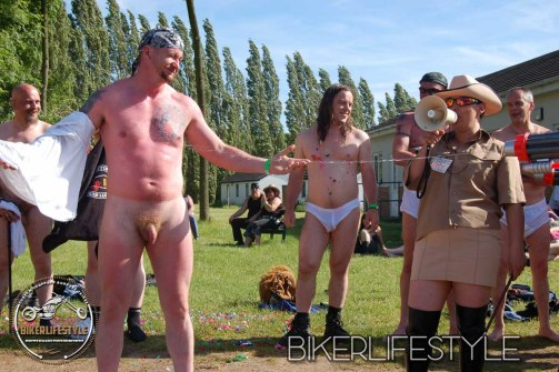 perverts-in-leather-162