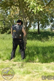perverts-in-leather-386