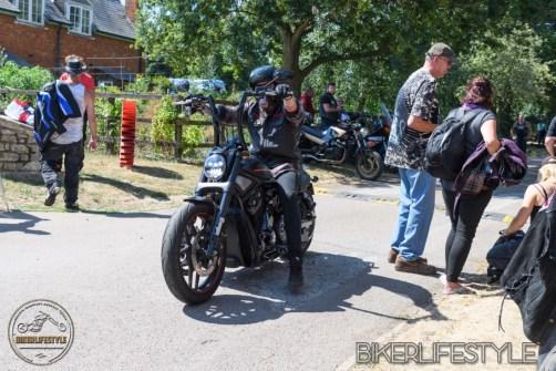 barrel-bikers-094
