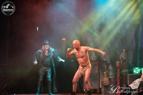 circus-of-horrors-082