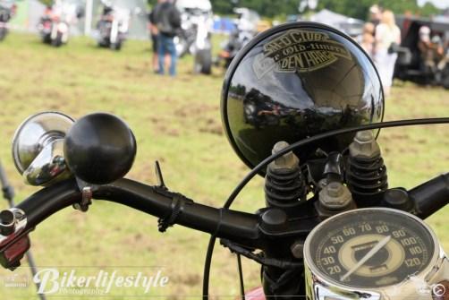 biker-reflections-053