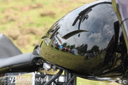 biker-reflections-054
