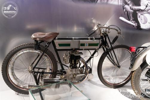Triumph-museum-113