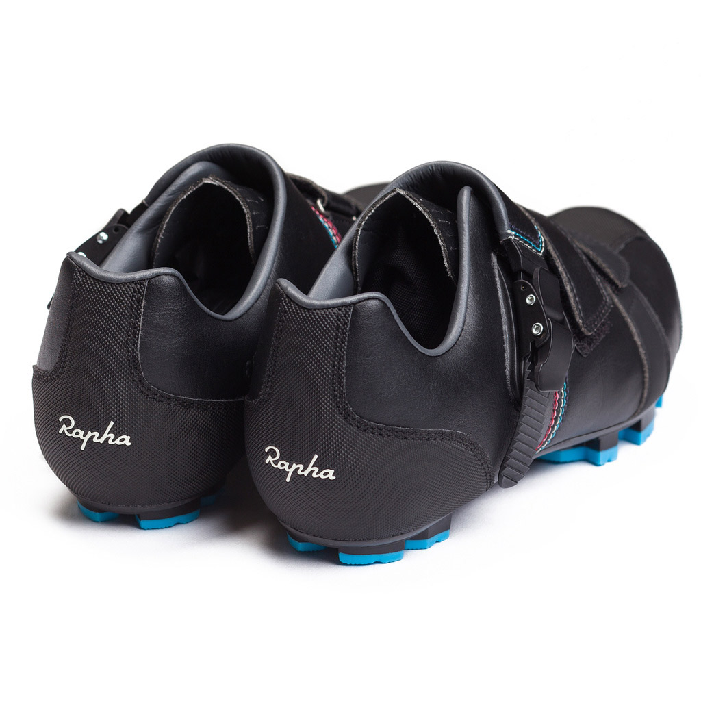 ae207434f Rapha Cross shoes Giro Easton carbon sole studio back  Rapha Cross shoes Giro Easton carbon sole studio beer and frites
