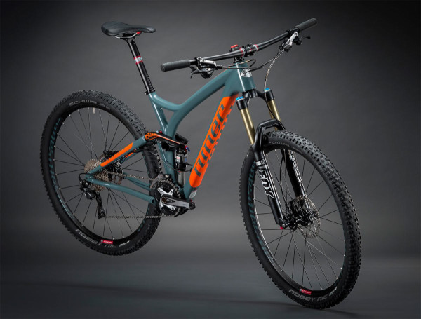 2015 Niner RIP 9 carbon 29er mountain bike with carbon fiber front triangle and alloy rear triangle