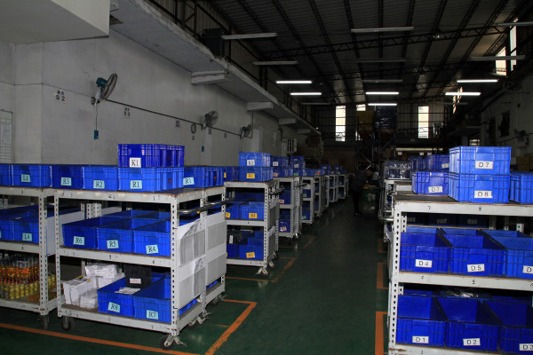 SRAM Taiwan Factory Tours Suspension Shifters Derialleurs Carbon production046