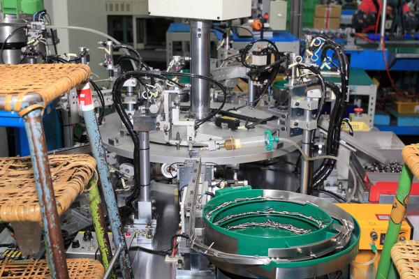 SRAM Taiwan Factory Tours Suspension Shifters Derialleurs Carbon production064