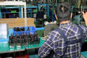 SRAM Taiwan Factory Tours Suspension Shifters Derialleurs Carbon production069