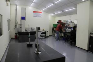 SRAM Taiwan Factory Tours Suspension Shifters Derialleurs Carbon production088