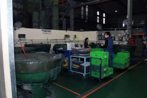 SRAM Taiwan Factory Tours Suspension Shifters Derialleurs Carbon production122