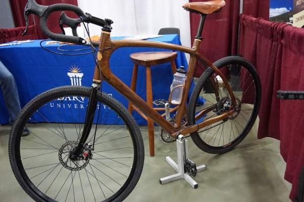 sojourner-wood-road-bike01
