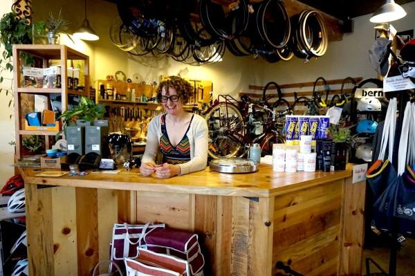 Gladys Bikes Leah