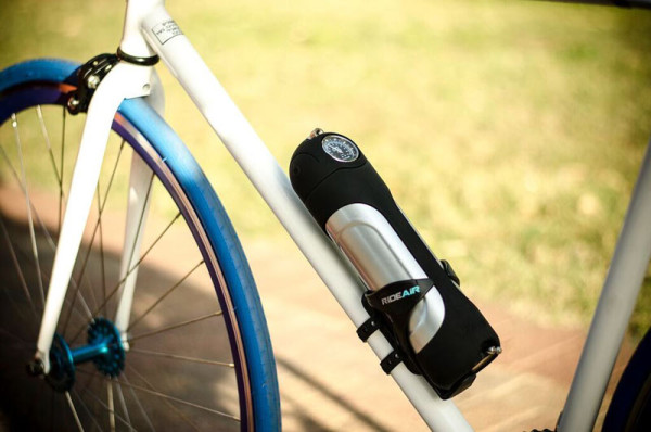 rideair-compressed-air-canister-for-portable-bicycle-tire-inflation1