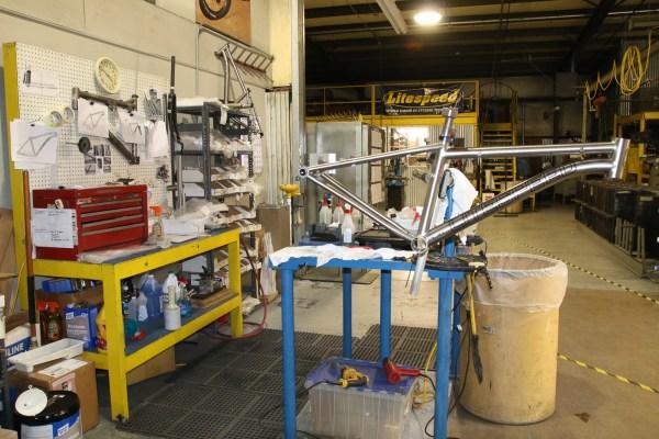 Litespeed titanium bicycle factory tour american bicycle group quintana roo_-125