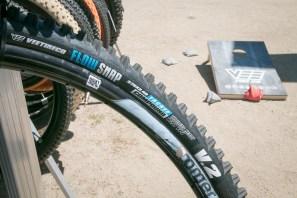 Vee tire co DH flow smasher super soft tiresIMG_4035