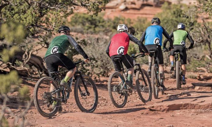 2019 Assos Trail kit trail-riding all-mountain bike clothing gear