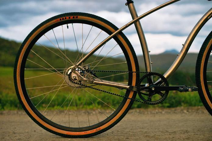 Budnitz-0-G_Zero-G_limited-edition-titanium-ti-gravel-road-bike_studio-complete Gates belt drive