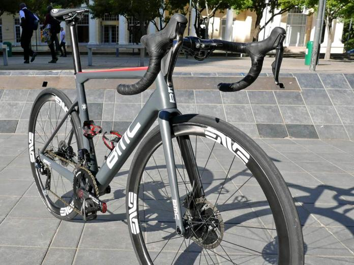 BMC Teammachine SLR01 Disc of Dimension Data Edvald Boasson Hagen