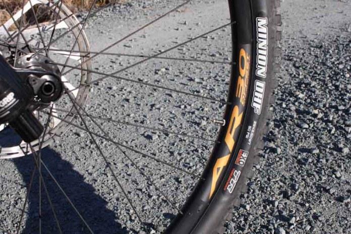 Rocky Mountain Instinct BC Edition 2019, rim and tire