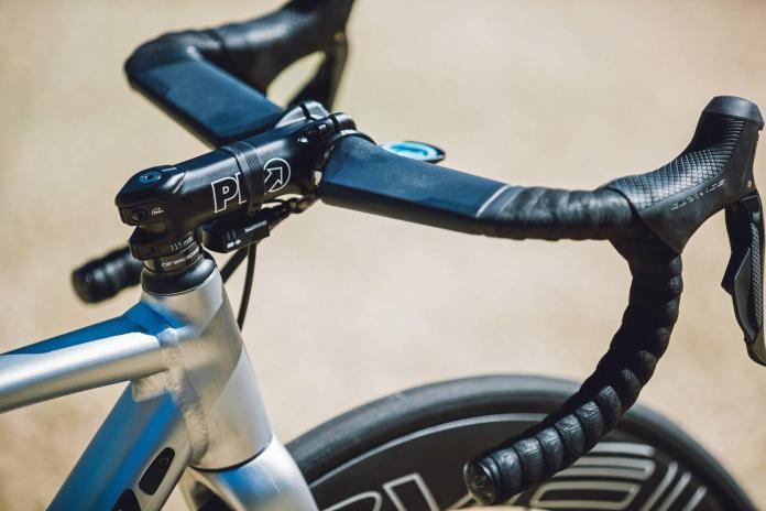 Specialized Allez Sprint Disc, alloy road race bike fit for a pro
