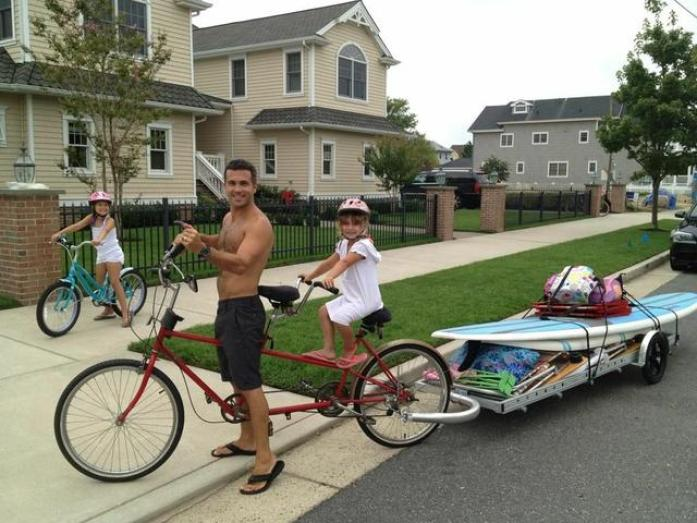 96A bicycle trailer loaded with gear for a trip to the beach (photo courtesy Brad Tucker)