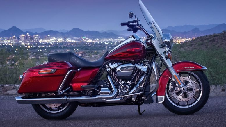 A big Harley-Davidson that's smooth and quick – really? We ride the