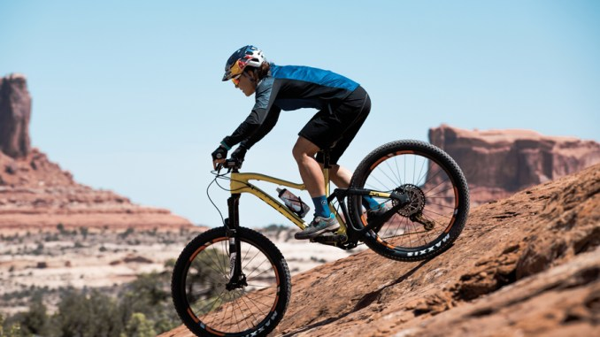 ASSOS goes further off road with All-Mountain Trail collection a5c65f3ae