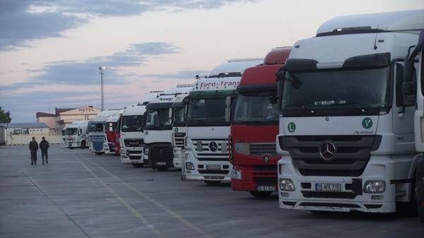 في رد فعل قوي.. المغرب يمنع دخول الشاحنات الإسبانية التي لا تربطها شراكة تجارية مع إحدى الشركات المغربية