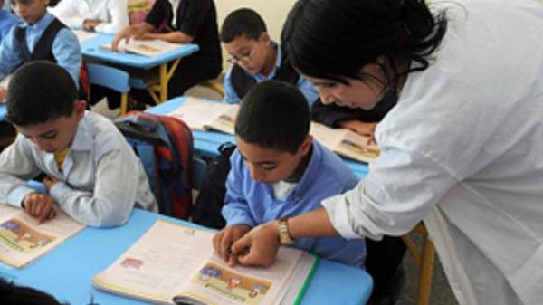 رئيس الحكومة عزيز أخنوش يحدد موعد الرفع من أجور الأساتذة