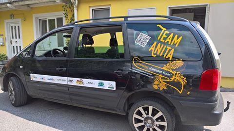 Team Anita Begleitfahzeug - Autobeschriftung Operation Smile