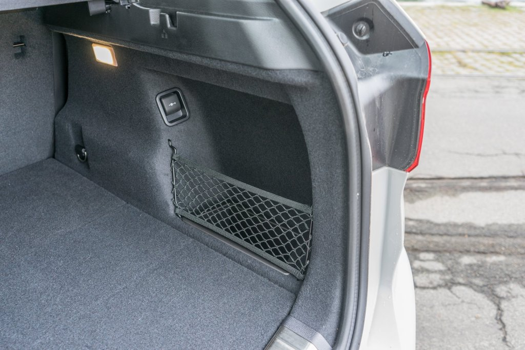 BMW X1 bagagerum opbevaring