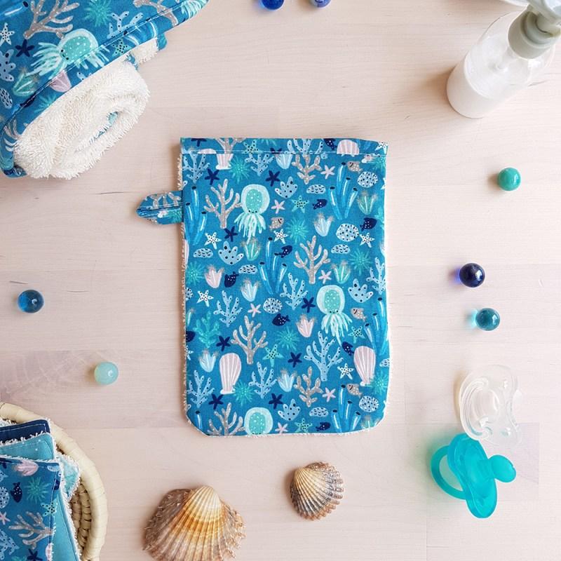 gant toilette serviette cape bleu naissance garcon made in france marque francaise createur lyon